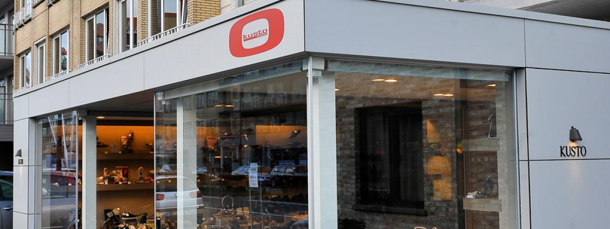 Aluminium Buitenschrijnwerk winkel Oostduinkerke
